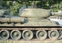 USSR Tank T34 Left View Photo Zoom